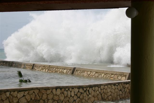 Name:  Negril November 2008 273 (Small).jpg Views: 92 Size:  37.9 KB