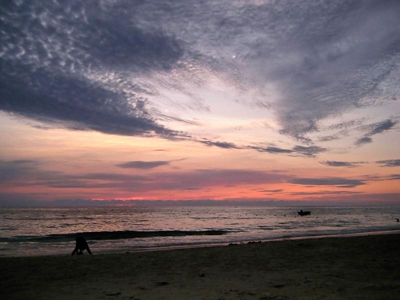 Name:  sunset7.jpg Views: 18 Size:  92.1 KB