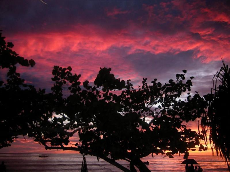 Name:  sunset6sky.jpg Views: 18 Size:  62.7 KB