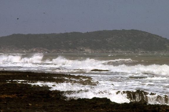 Name:  Rough Waves.JPG Views: 1240 Size:  180.7 KB