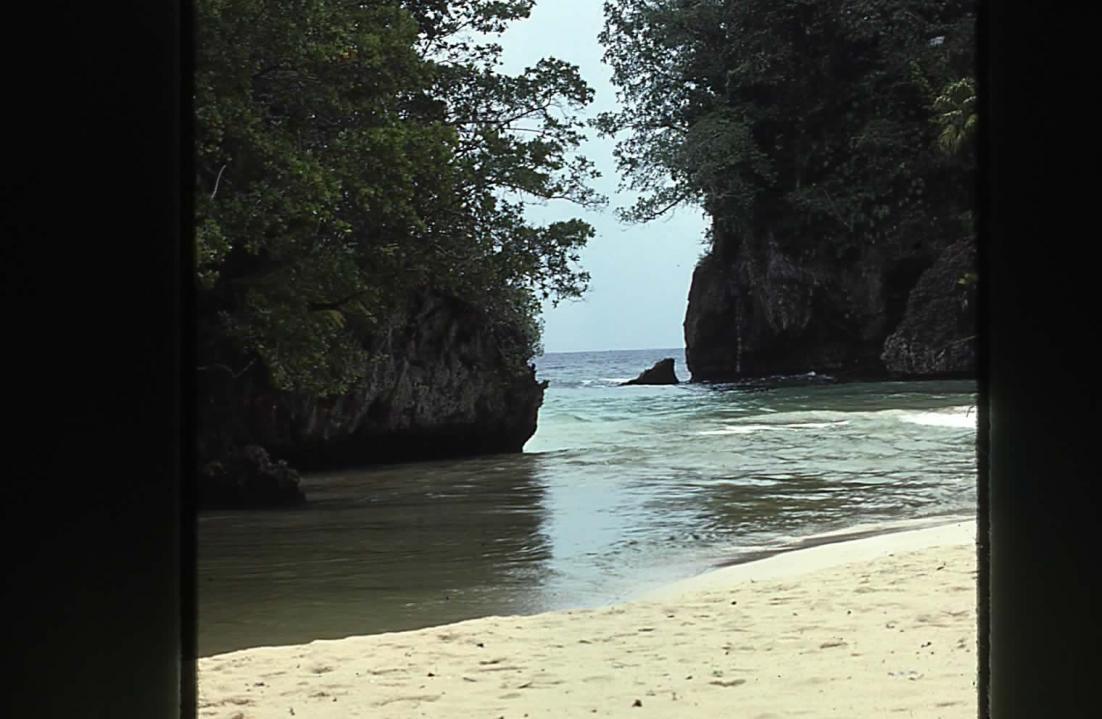 Name:  Frenchman's Cove.jpg Views: 245 Size:  90.9 KB
