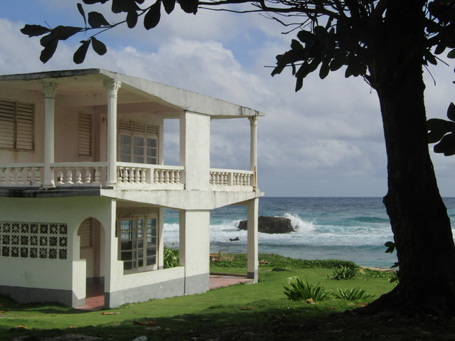 Name:  perfect house.jpg Views: 1778 Size:  117.9 KB